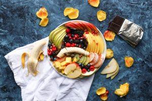 assiette de fruits bien présentée